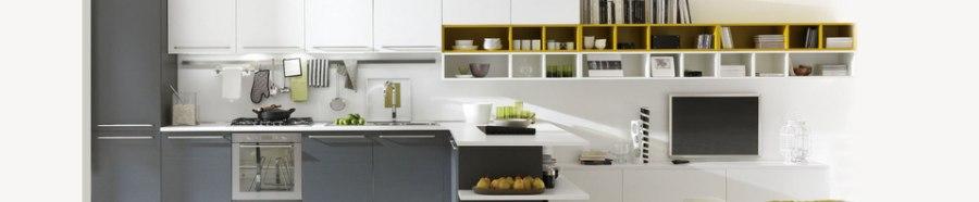 Экспресс ремонтный мебельный сервис - Ремонт мебели: быстро, недорого, качественно. Работы по ремонту мебели не являются сложным мероприятием, но, как и во всем остальном, здесь важен опыт, навыки, наличие специальных инструментов. Причины неисправностей и поломок мебели могут быть разными: - неправильная сборка; - длительная эксплуатация и как следствие, изношенные детали; - некачественная фурнитура. Проведение ремонта подчас кажется легким делом, но как только доходит до практического воплощения проектов, все вдруг останавливается. Как отремонтировать ролики, какие петли поставить взамен старых, как устранить скрип – только квалифицированный специалист даст ответ на эти вопросы и проведет все требуемые работы по ремонту. Дверки, перекошенные и не закрывающиеся, заедающие ролики шкафа купе, щели между дверцами, скрип при открывании – мастер приведет все в первозданный вид, а еще даст полезные советы по правильной эксплуатации шкафа. Также наши специалисты могут заменить фурнитуру, обновить покрытие мебели, устранить царапинки, сколы на поверхности дверок и боковых стенок шкафов, отремонтировать внутренние ящики, полки и вешалки. Срочный ремонт дверей шкафов купе на дому в Москве. В квартирах, коттеджах, офисах часто требуется помощь по ремонту дверей у столь популярных сегодня шкафов купе. Их основным элементом является подвеска, состоящая из металлического профиля, встроенных треков и роликов. Ролики могут быть закреплены за верхние направляющие или за нижние. Устройство достаточно надежно, но при перегрузках и неправильной эксплуатации механизмы дверей могут выходить из строя. Переживать не следует – лучше сразу обратиться с заявкой к нам компанию и вызвать специалиста. Ремонт дверей шкафов на дому – это услуга, которая очень востребована у клиентов, оценивших оперативность и качество сервиса. Мастер приедет в точно указанное вами время, приведет в порядок неисправную мебель, а вам нужно будет только принять работу. На каждый заказ обязательно оформляется договор